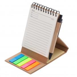 Stojący koło notatnik z memo i długopisem ECO